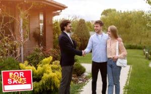 Bekannte Bewertungsportale im Internet für Immobilienmakler.