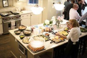 Die Hauseinweihung nach einer Sanierung wird oft mit einer Party ausgelassen. gefeiert. Foto marla via Twenty20