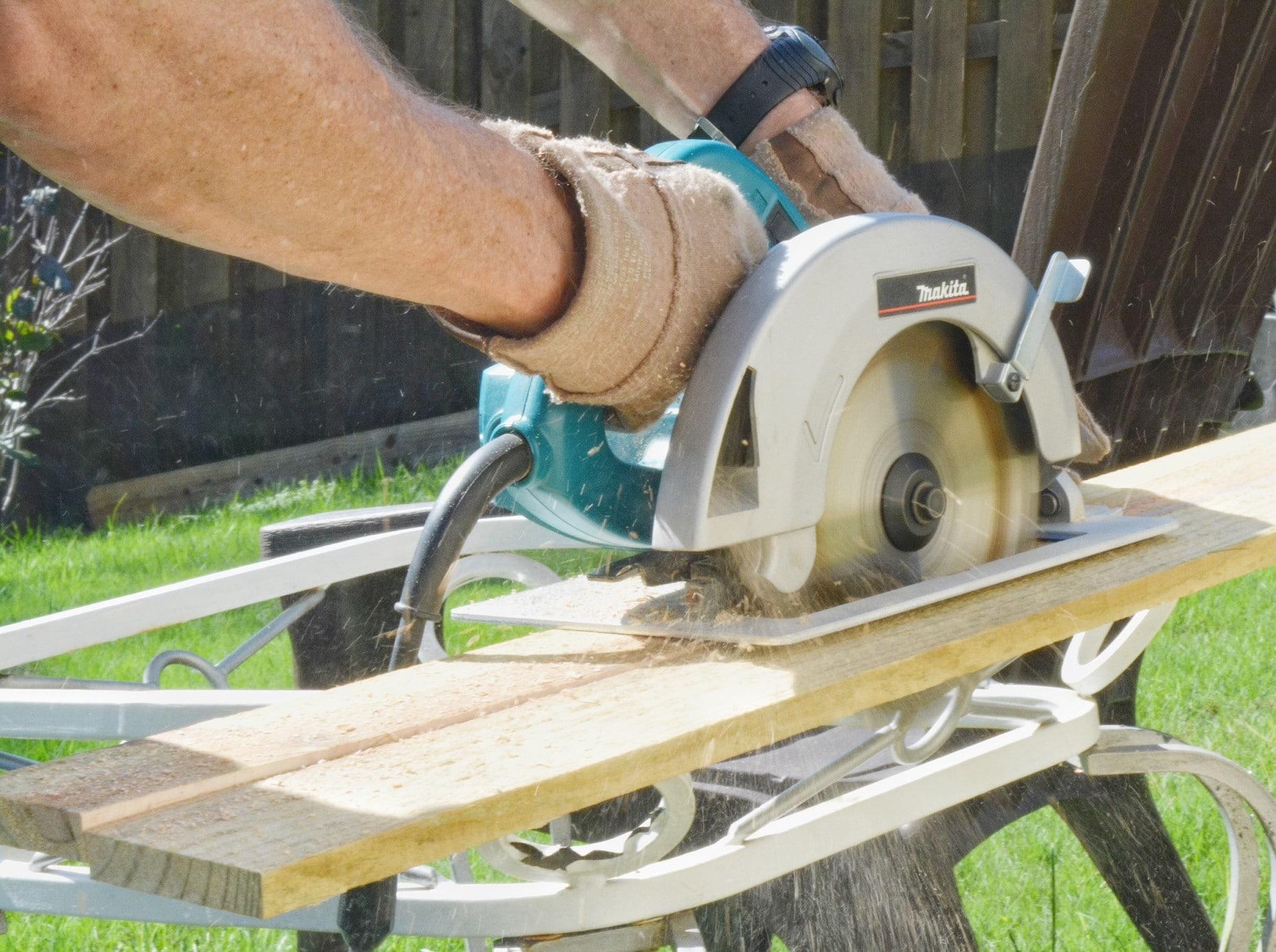 Vor allem das Bauhandwerk klagt über einen Fachkräftemangel. Foto 3happytails via Twenty20